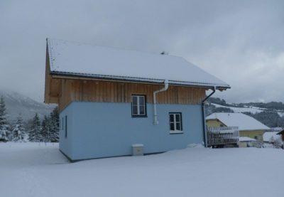 Hütte Schneeflockerl Seitenansicht